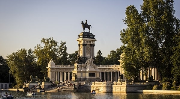 Boating at Parque del Retiro in Madrid