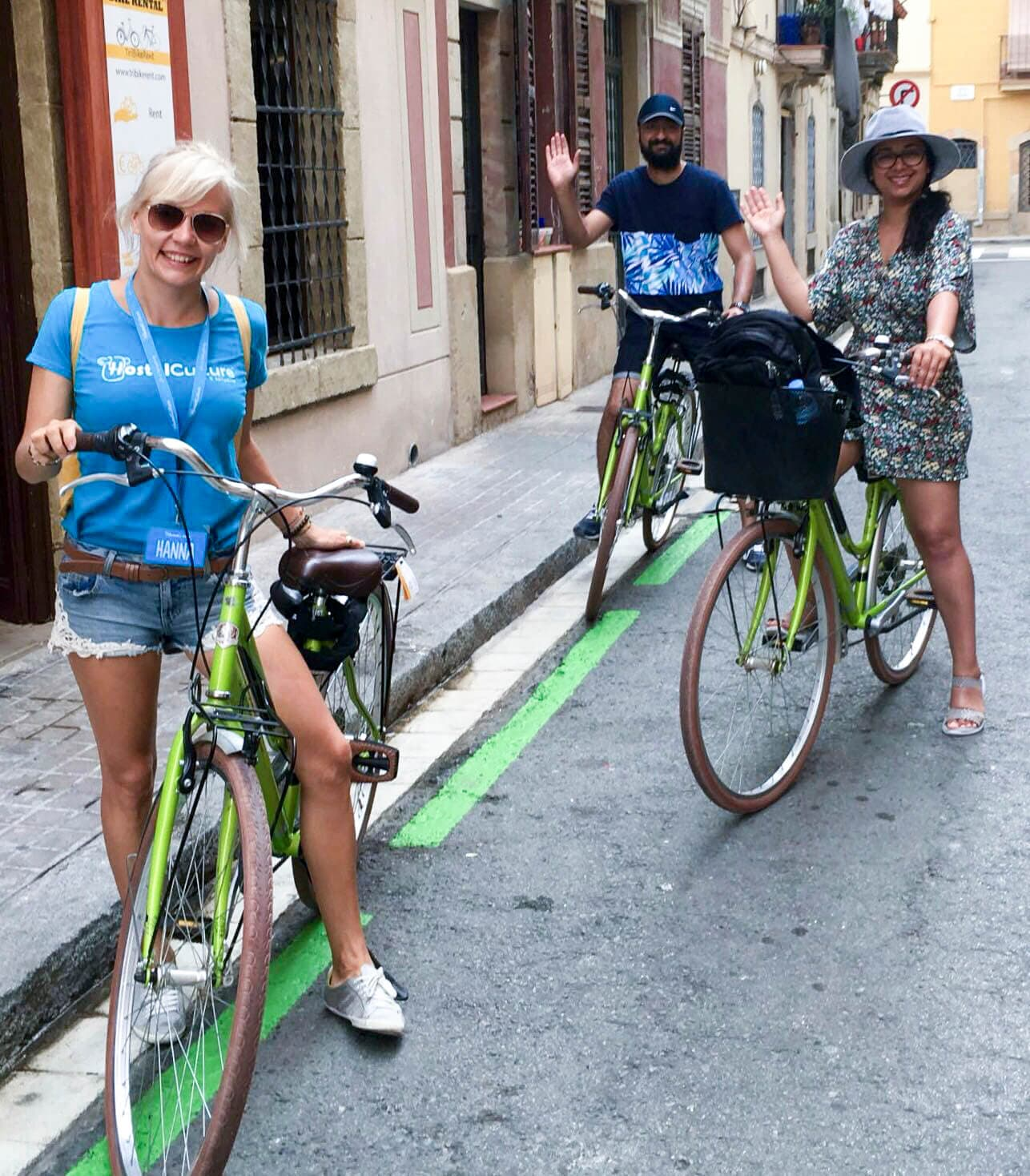 Guide and participants of Barcelona bike tour