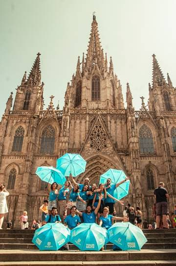 Our excellent team of expert local Barcelona free tour guides