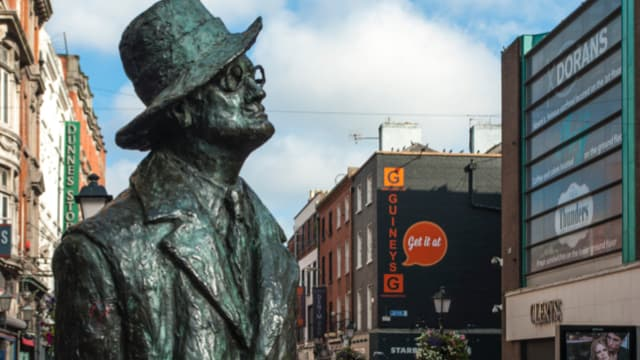 Statue of James Joyce in Dublin city centre.